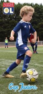 Un jeune joueur en stage de foot olympique lyonnais